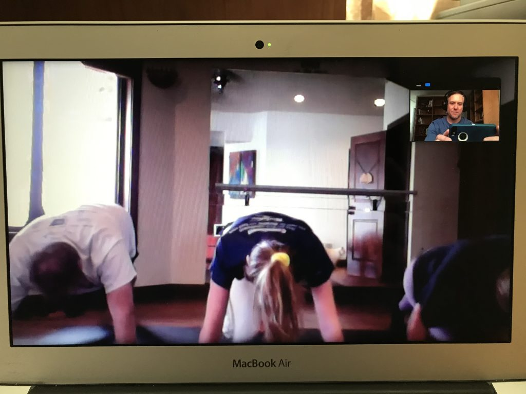 online personal training clients doing pushups